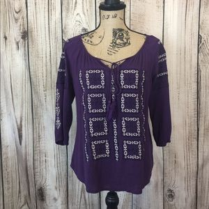 5/$18🔥 SALE 🔥 Solitaire Embroidered Tunic Blouse